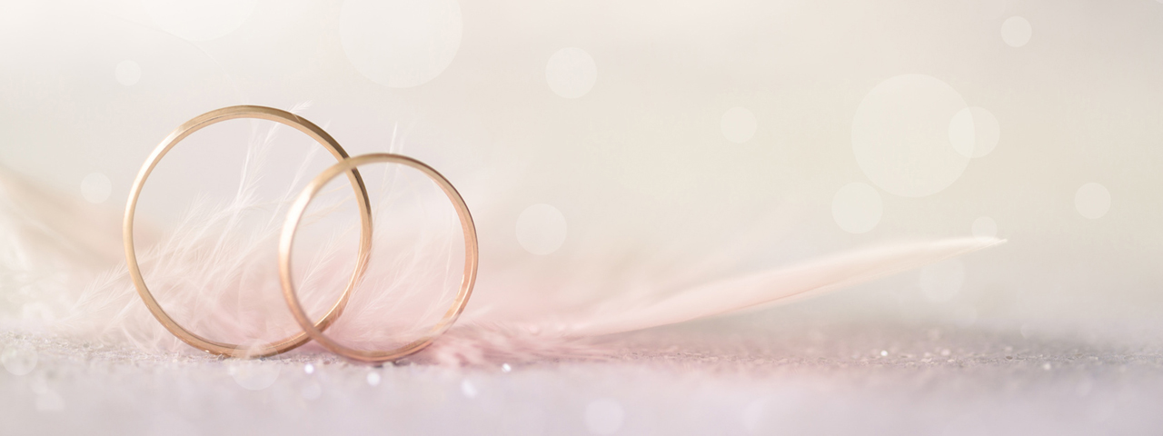 """""""Die Liebe gleicht einem Ring und der Ring hat kein Ende."""""""